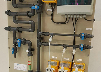 Chemicals dosing and control system